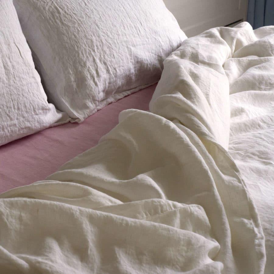 Постельное бельё из льна мягкого Белое