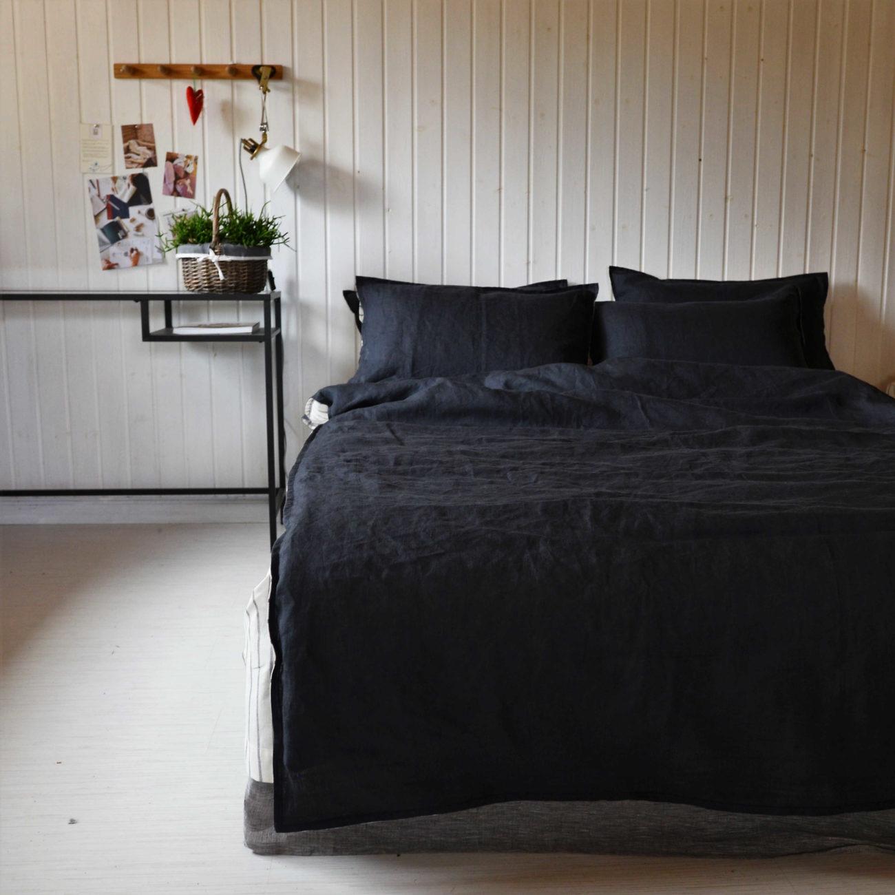 Льняной постельный комплект День и Ночь 3