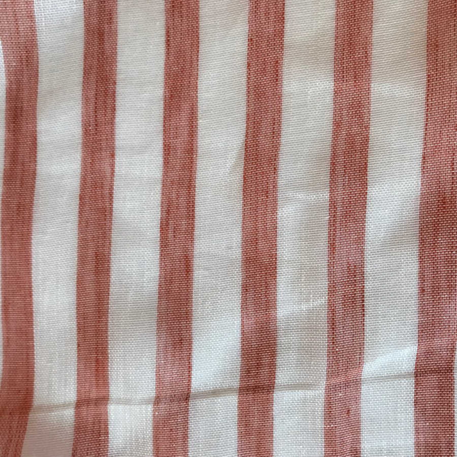 Льняная вуаль в красную полоску 2