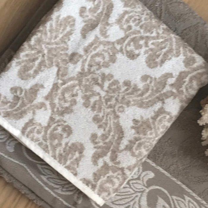 Махровое полотенце 2