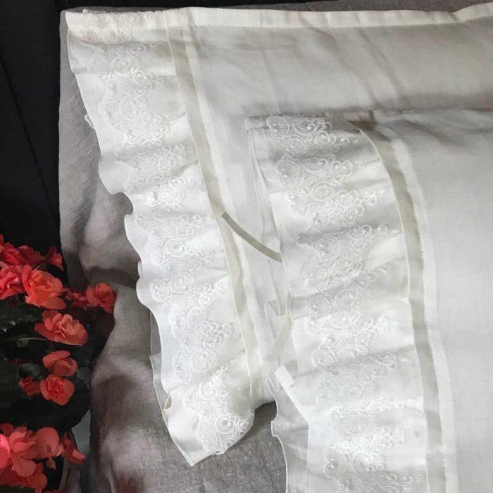 Постельное белье с кружевом из белого льна - lnyanoye.ru