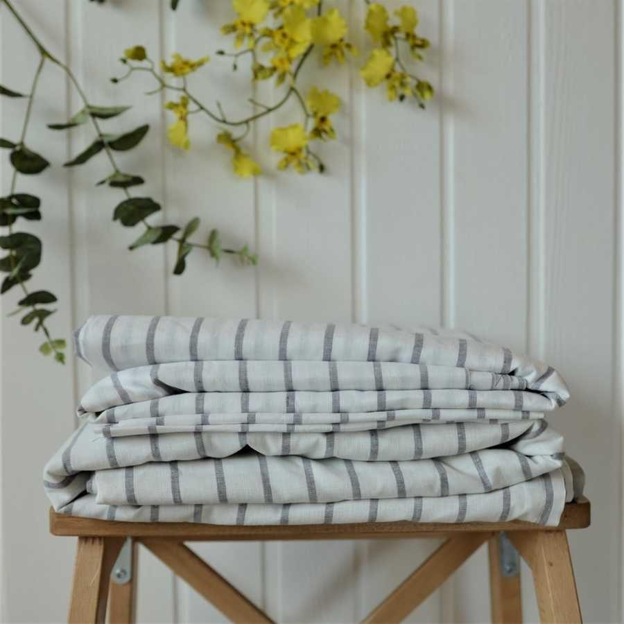 Комплект постельного белья из льна Белый в Серую полоску 2