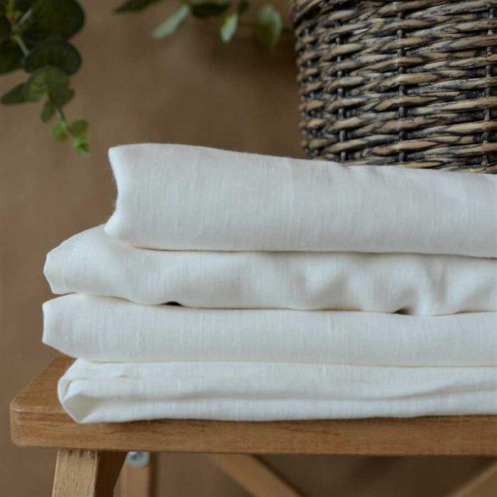 Льняная простынь Белая на резинке