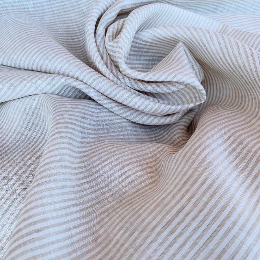 Бежевая ткань для одежды в полоску - умягченный лён