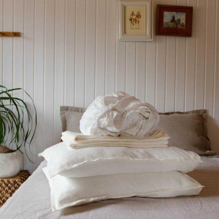 Комплект постельного белья из умягченного 100% льна Белого цвета