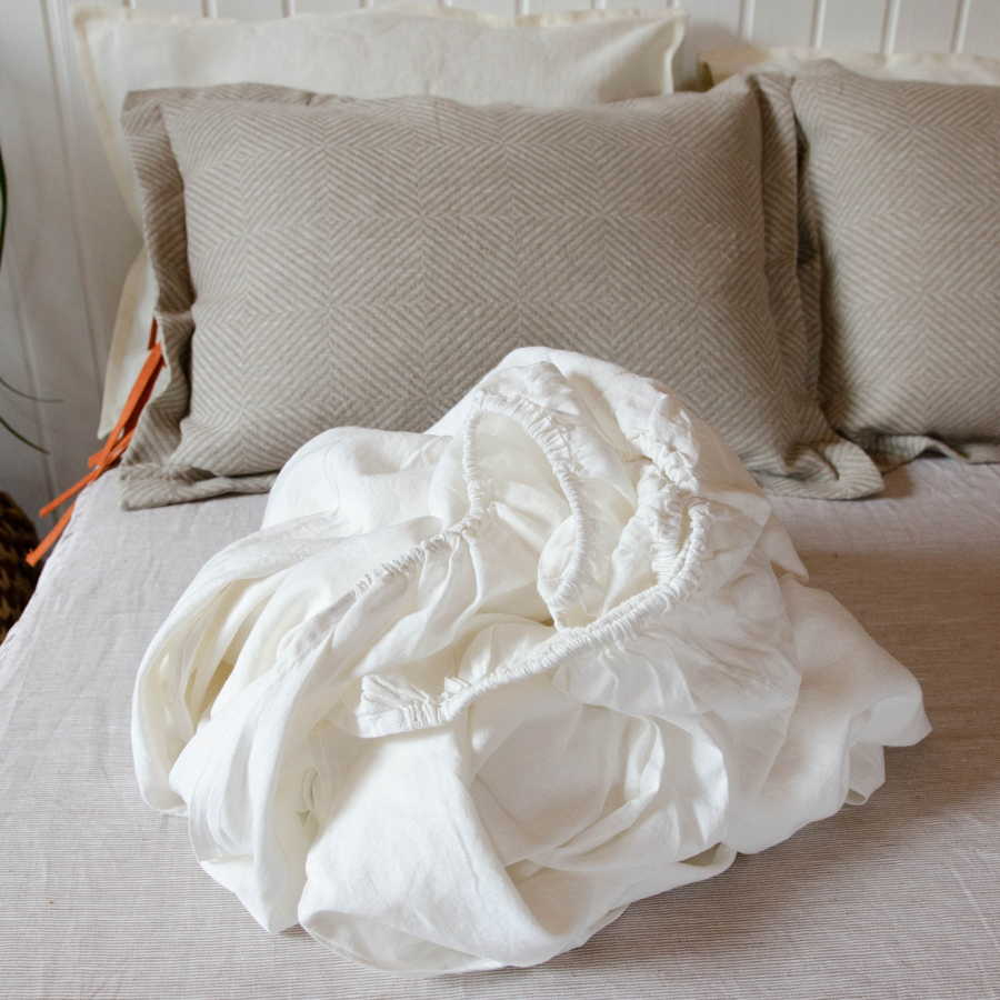 Натяжная простынь из умягченного 100% льна - Белая