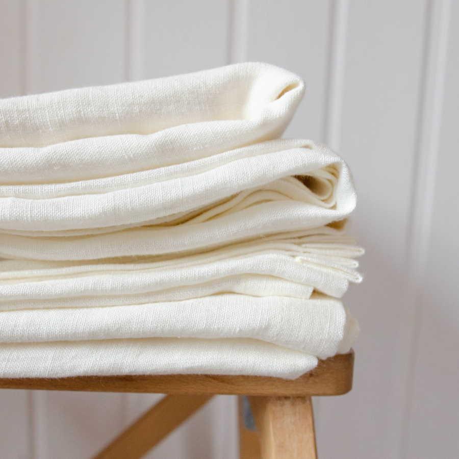 Умягченная простыня на резинке из 100% льна Белая